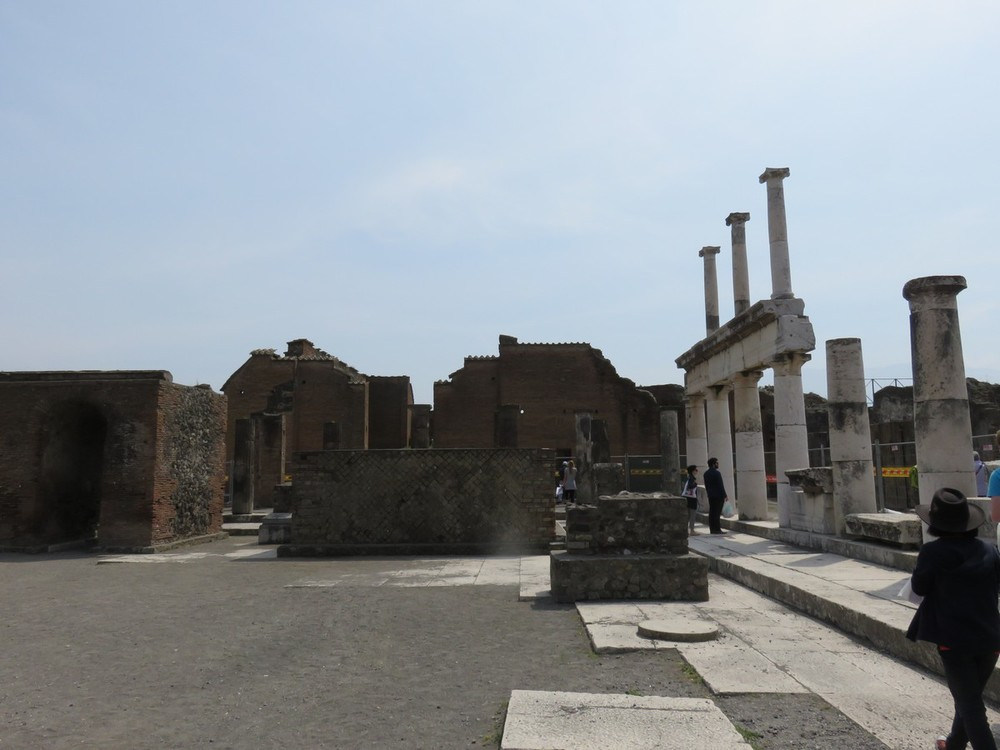 Pompeii views