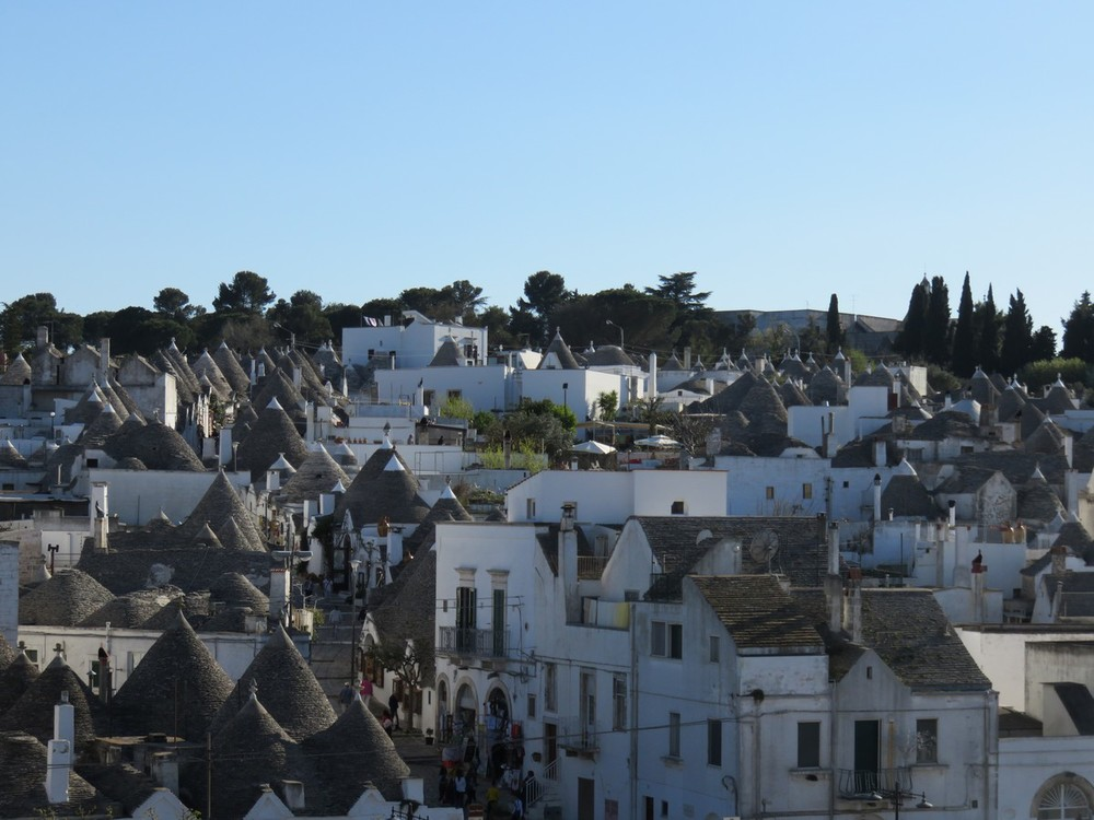 The trulli village of Alberobellow