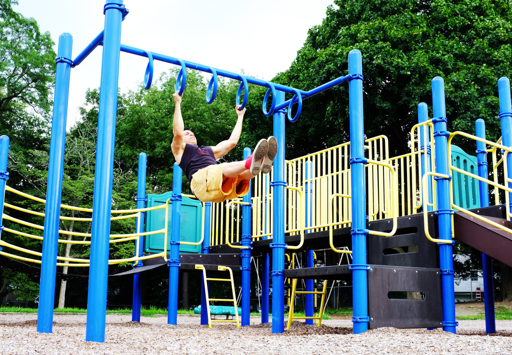 HERE I AM TAKING ADVANTAGE OF A KIDDIE PLAYGROUND.  FREE USE OF THE GROUNDS AND EQUIPMENT, AND WALKING DISTANCE FROM MY HOME.  I LOVE THE VARIETY OF DIFFERENT LOCATIONS TO TRAIN. IT HELPS TO KEEP MY TRAINING FRESH AND INTERESTING.