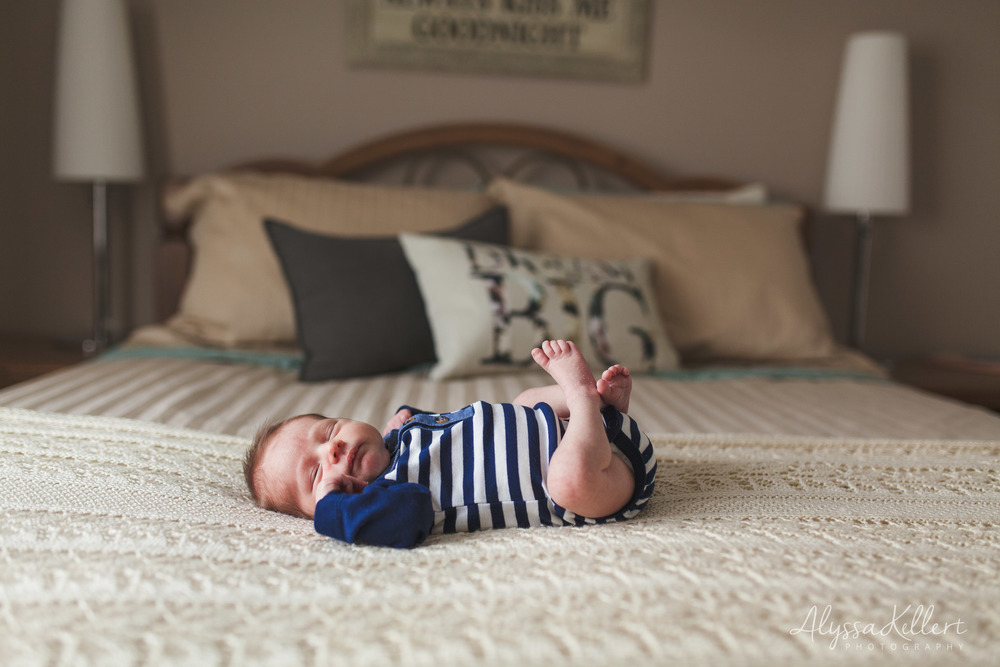 newborn-baby-boy-coquitlam-photography-photographer-bed