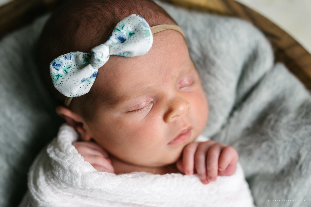 newborn-isnt-she-lovely-handmade-headband-bowl