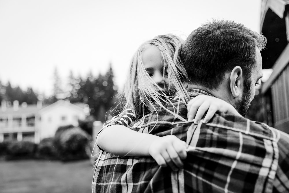 dad-carrying-daughter.jpg
