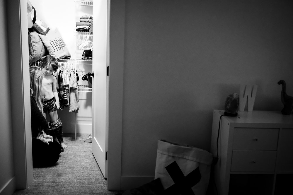 boy-getting-dressed-documentary-family-photography-vancouver