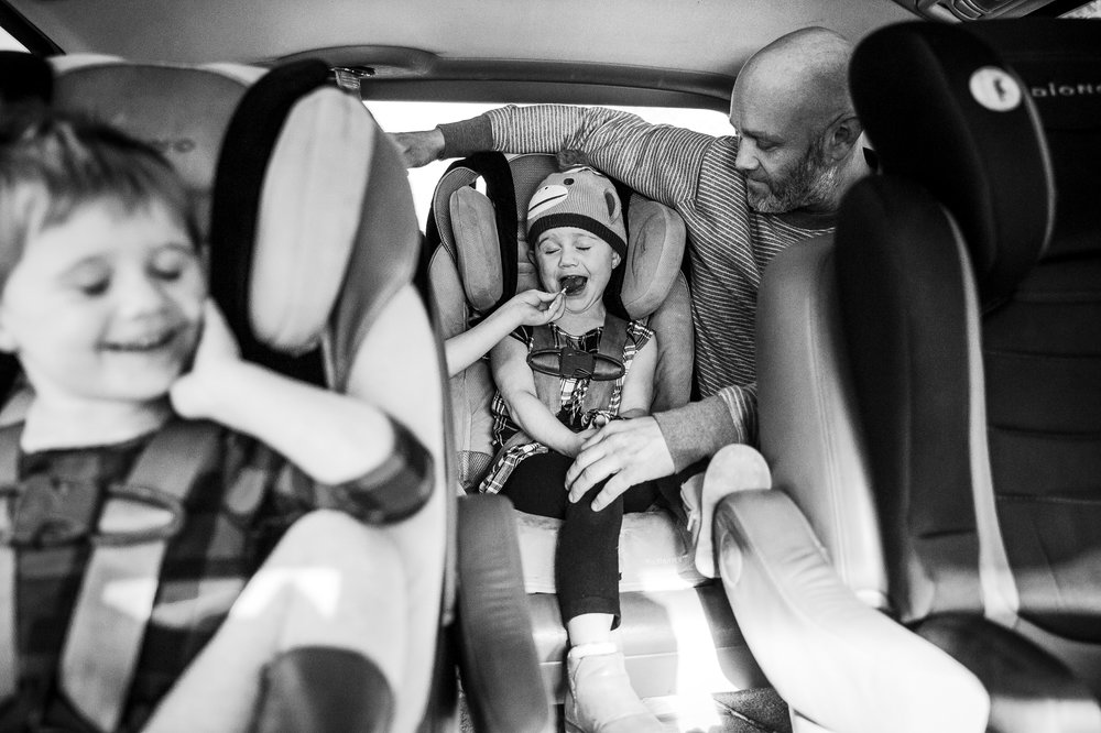 family-in-van-documentary-photography