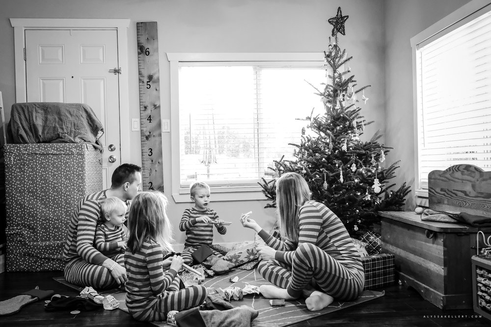 Christmas-Morning-Vancouver-family-photographer-1.jpg