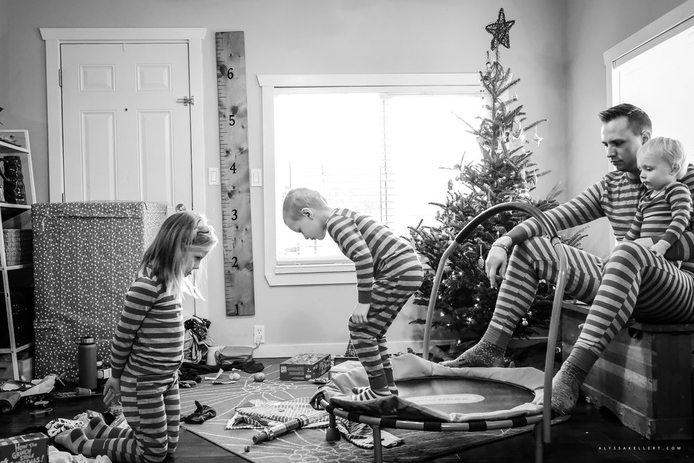 Christmas-Morning-Vancouver-family-photographer-7.jpg