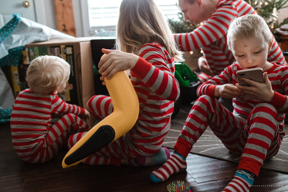 Christmas-Morning-Vancouver-family-photographer-15.jpg