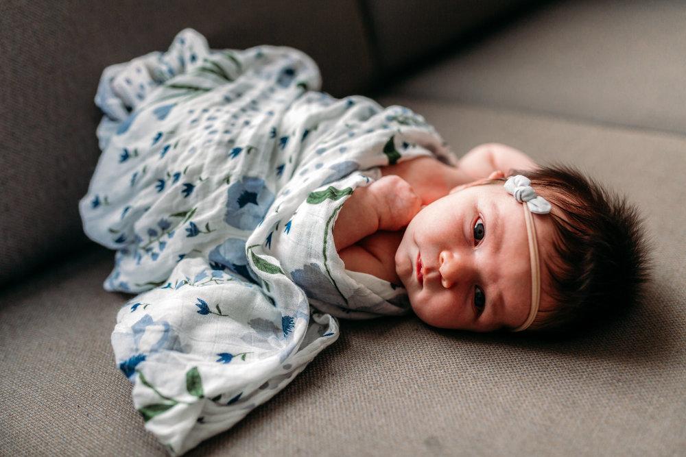 kids-newborn-siblings-love-vancouver