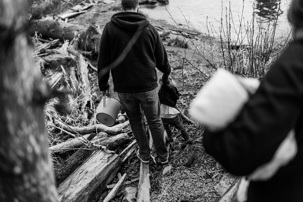 mom-kid-newborn-river-port-coquitlam-photography