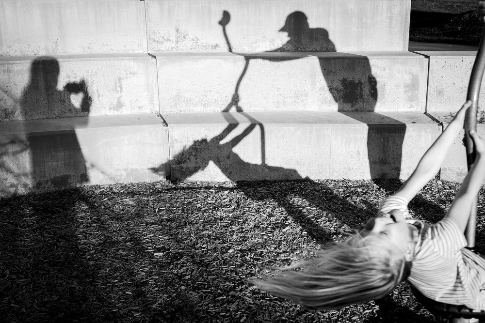kid-park-shadow-play-silhouette