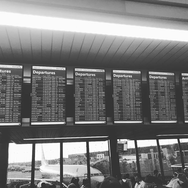 Lots of flights may be cancelled... but mine ain't one of them! #Thankful #englandhereicome #cantstayaway