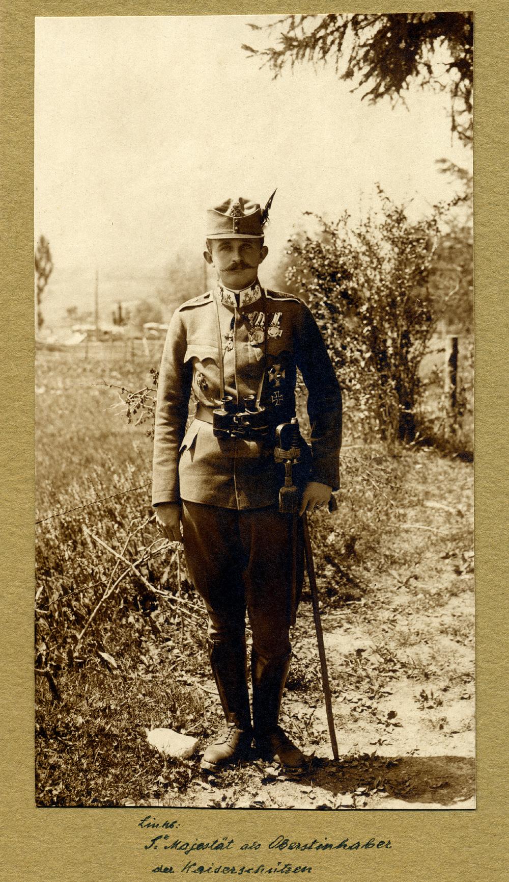 Il Principe Carlo in uniforme da Kaiserjager