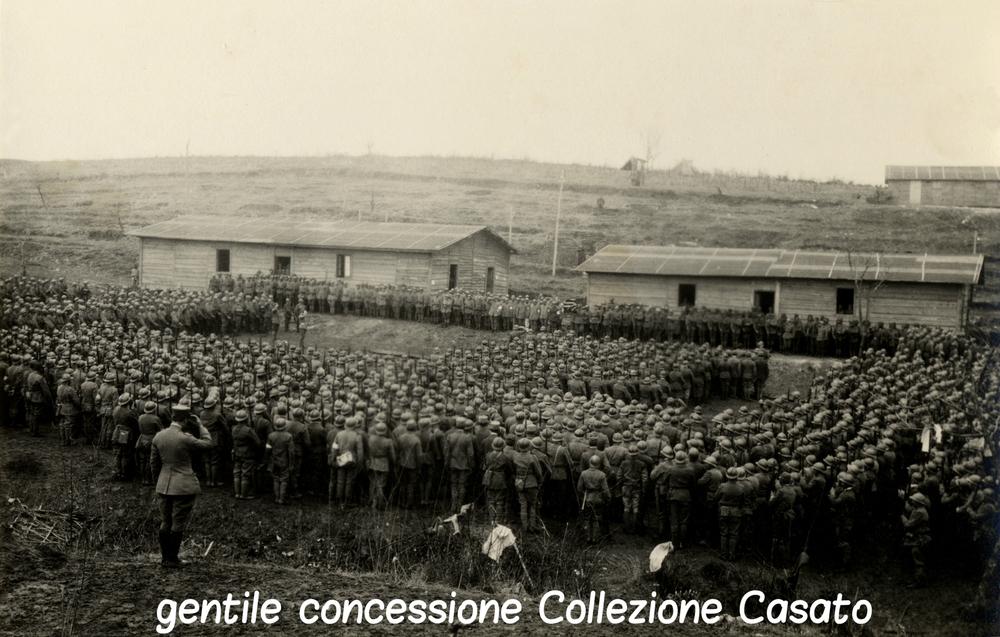 21 - Un reggimento a raccolta CRIPTATA.jpg
