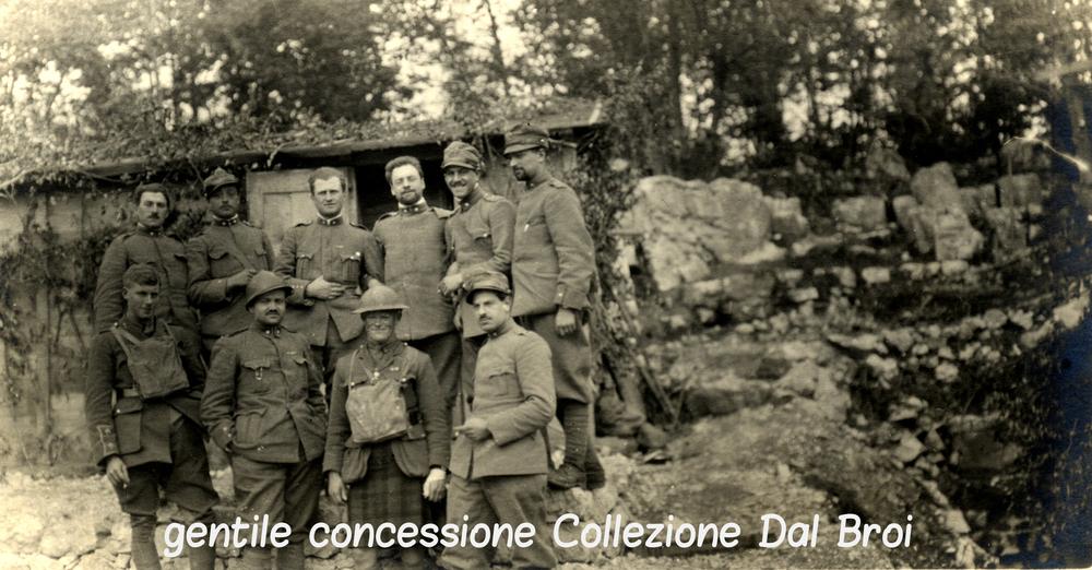 Soldati italiani, francesi, inglesi e scozzesi ritratti nella zona del Busibollo (Altopiano di Asiago - fronte Sud)