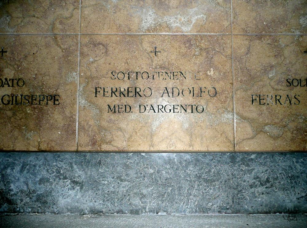 lapide Ferrero 2.JPG