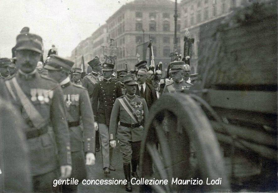 Corteo del Milite Ignoto - Roma, 4 novembre 1921 - Sezione Fotocinematografica del Regio Esercito