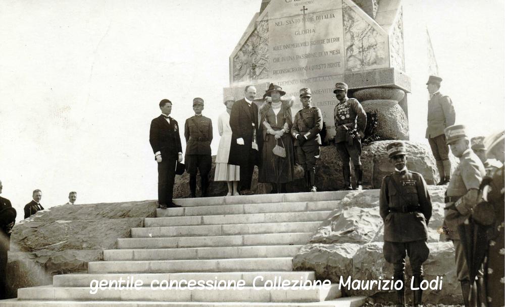 S.M. il Re e la Regina Elena sul Monte Calvario nel maggio del 1922