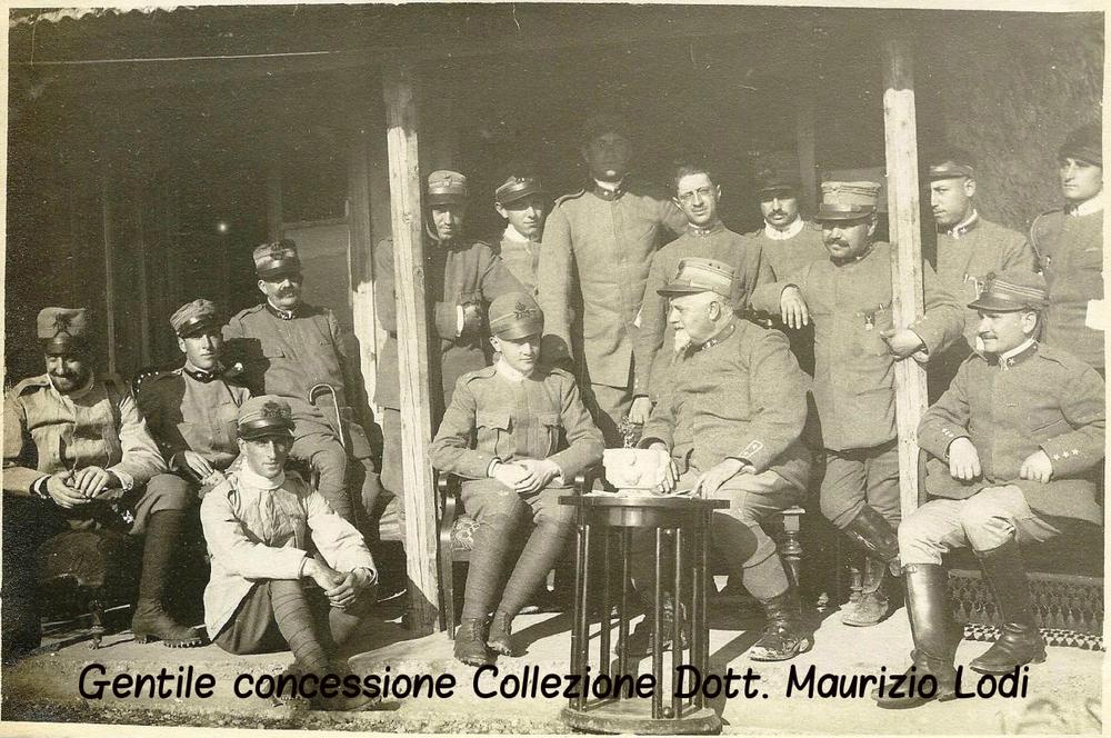 duca bergamo sott regg l5 lancieri novara carso luglio 1916 (c).jpg