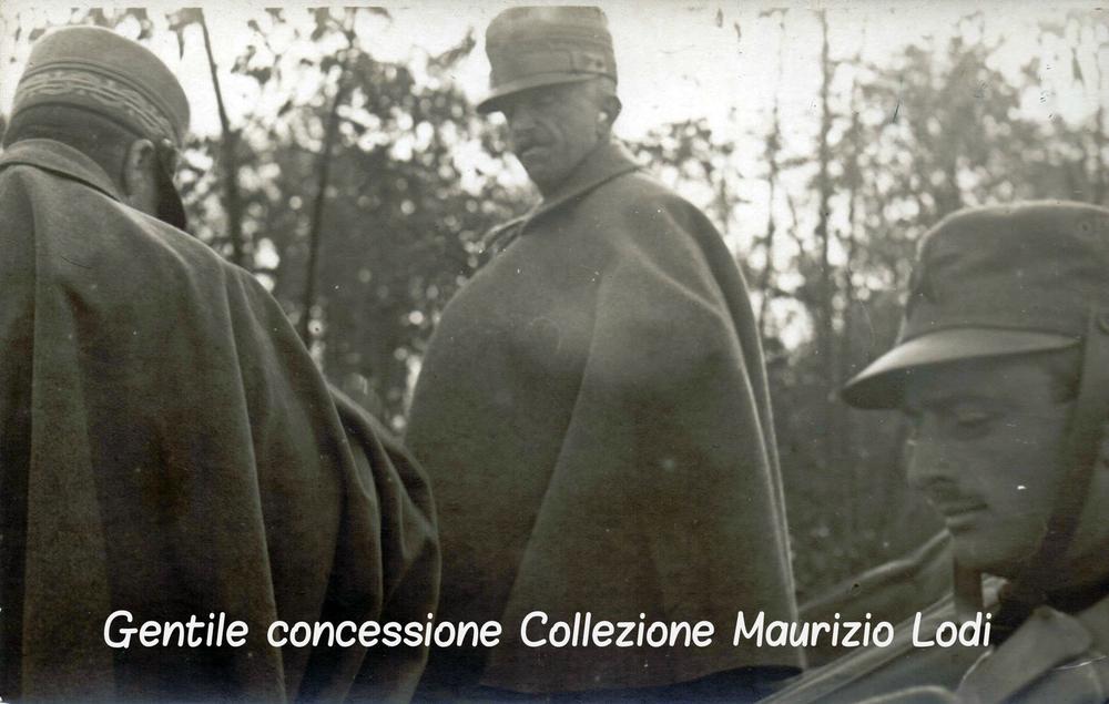 Valisella frazione di Mossa (GO) 17 ottobre 1916 ispezione di SM il Re (c).jpg