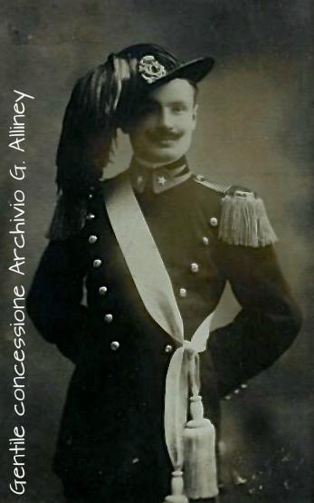 Ten Guido Giovagnoli, 5° Regg. Bersaglieri, XIV Battaglione, 1^ Compagnia, M.A.V.M., nato ad Arezzo nel 1887, caduto il 22 agosto 1915 a q. 588 nel settore Tolmino – Santa Lucia (gentile concessione Archivio Guido Alliney)
