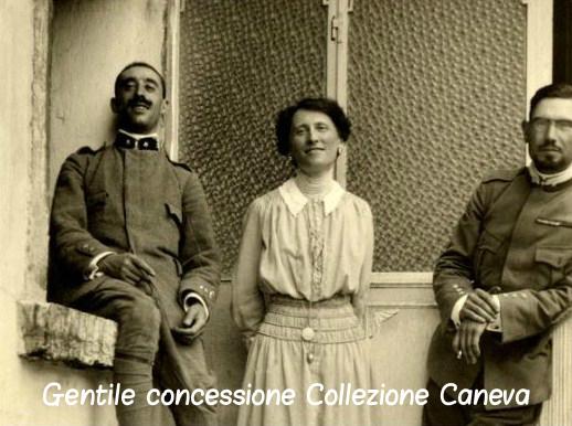 Il Cap. Emilio Lussu e il Ten. Alfredo Graziani con Teresa Guerrato Nardini – Coll. Caneva