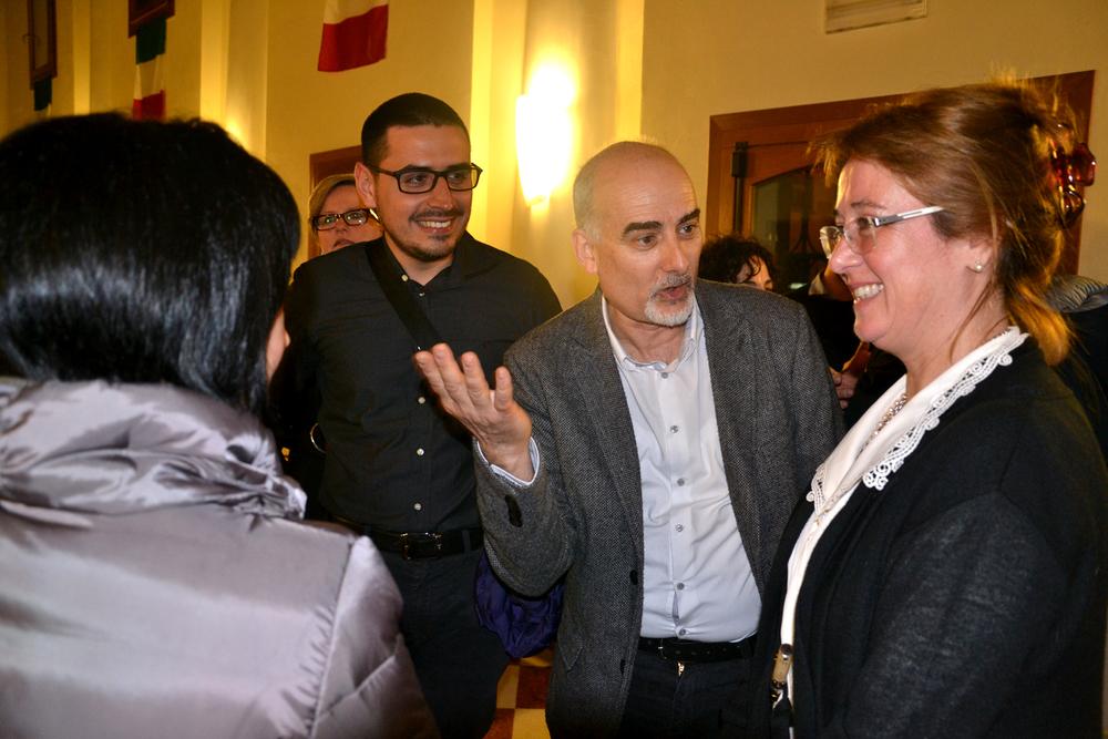 40 - presentazioni della familiari di Manuela a Michela.JPG