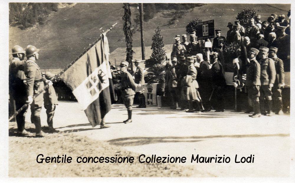 Alto Adige Tirolo Redento 16-17 ottobre 1921 S.M. il Re presenzia alla cerimonia di inaugurazione del nuovo cippo confinario italoaustriaco al Brennero d'Italia (c).jpg