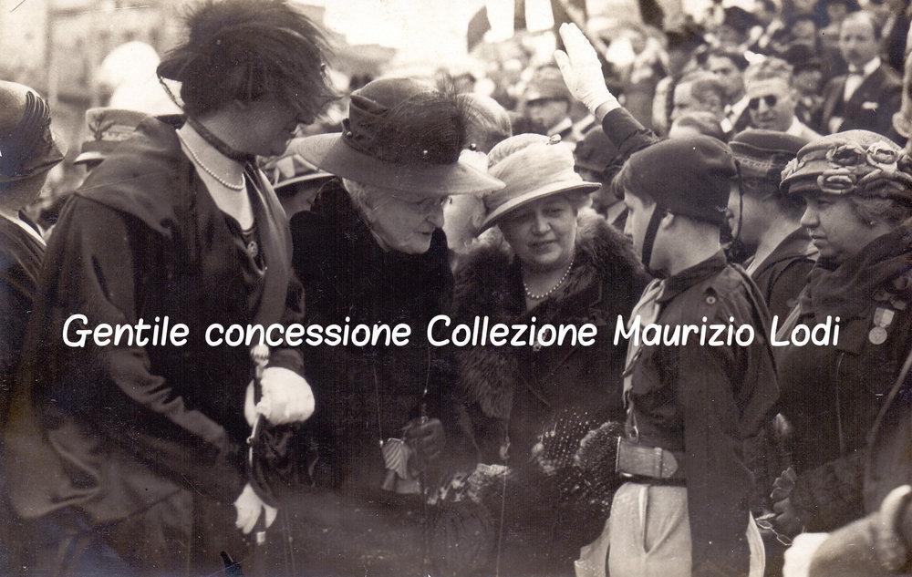 Roma 4 novembre 1924 Regina Madre e la Regina Elena petizione Monumento alle Madri e Vedove dei Caduti della Grande Guerra 3c.jpg