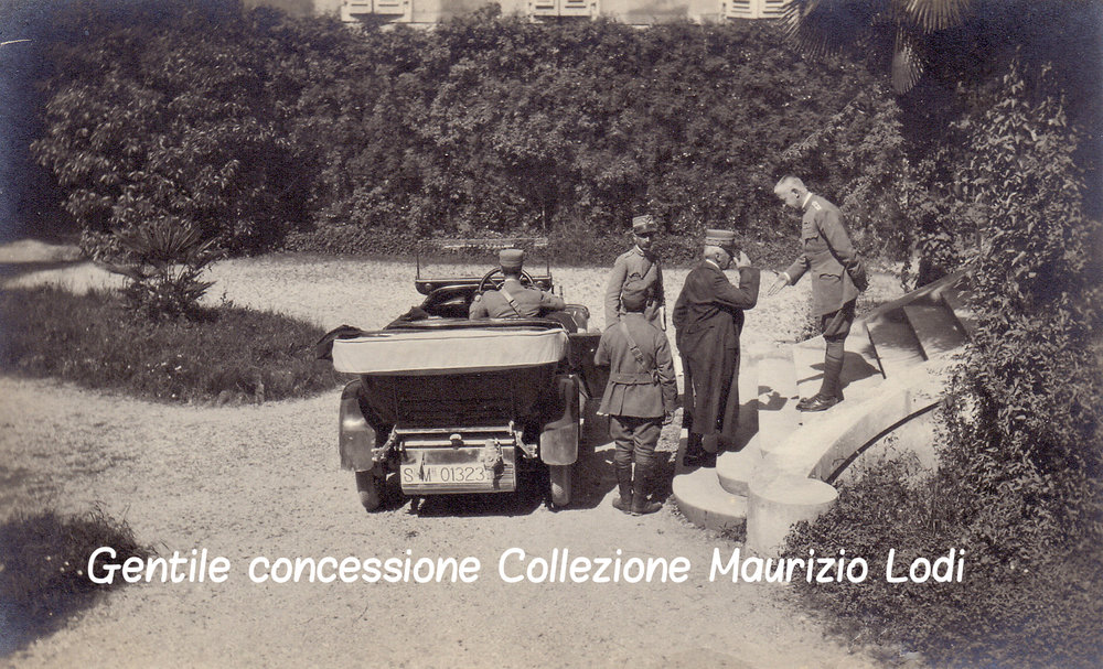 Cervignano 18 06 1916 Duca Aosta riceve a Villa Peteani Cadorna (c).jpg