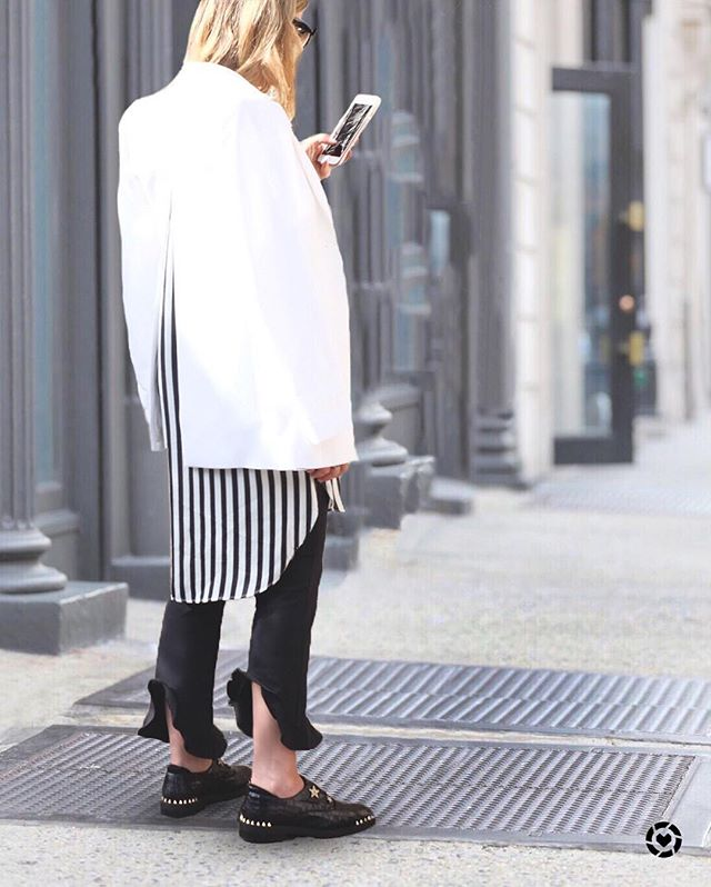 Black pants.. Not so basic anymore http://liketk.it/2sGWL #liketkit @liketoknow.it #LTKstyletip #LTKunder100 #LTKshoecrush Download the LIKEtoKNOW.it app to shop this pic via screenshot  #stylebymeli #fallfashion #falltrends2017 #styleblogger #fblogger #wardrobestylist #wardrobegoals