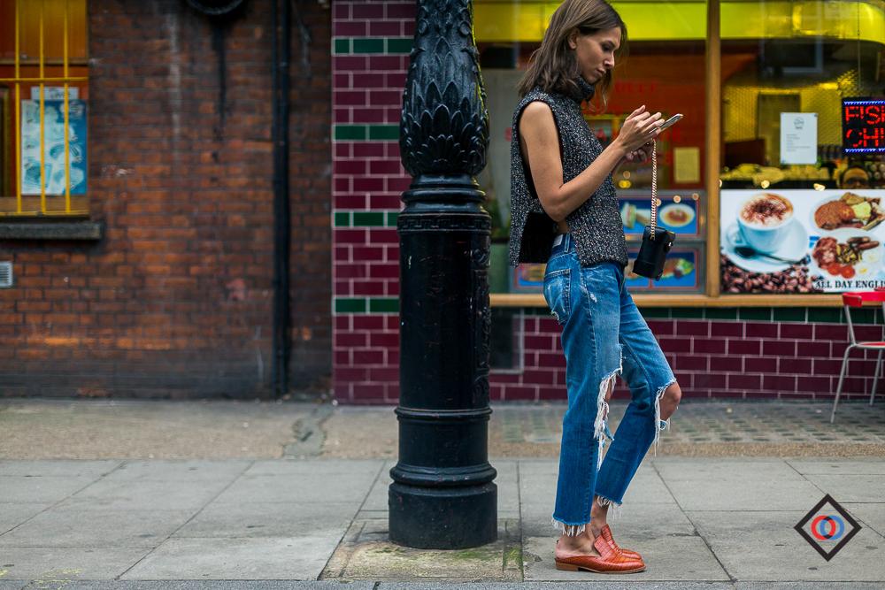 LONDON_LFW_STREETSTYLE_THEOUTSIDERBLOG_DIEGOZUKOLN162504.JPG