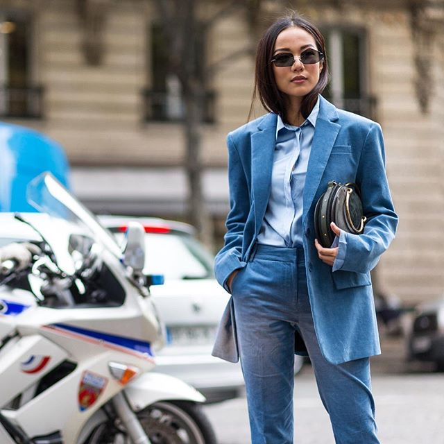 Light Blue Velvet @yoyokulala | Tap link in bio to see our last post: Midnight blue vs Sky blue 🌃🏙👆🏼| #pfw #parisfashionweek #dior #streetstyle #streetfashion #theoutsiderblog #diegozuko