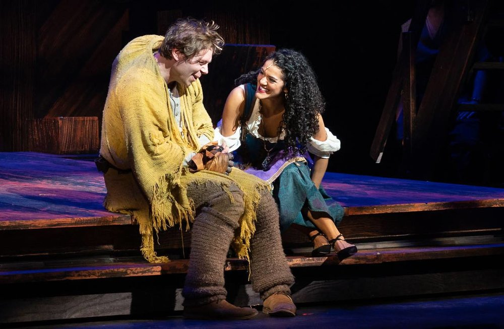 Nate Hackman and Kalyn West as Quasimodo and Esmeralda