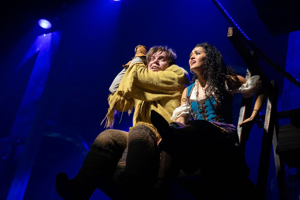 Nate Hackman and Kalyn West as Quasimodo and Esmarelda