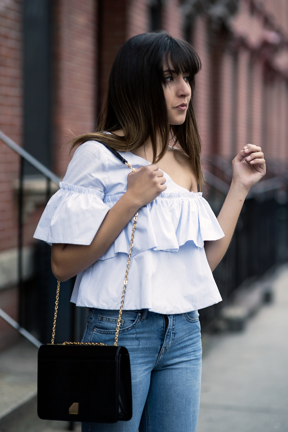 off-the-shoulders-top-ruffles-spring-trend