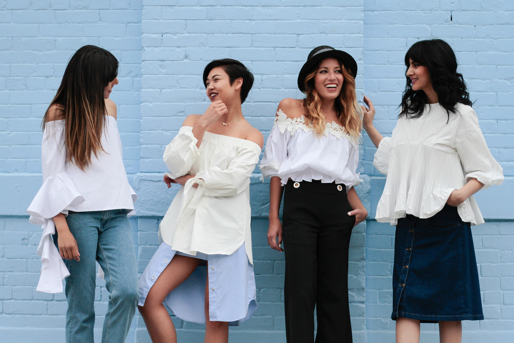 brooklyn-squad-blogueiras-em-nyc-off-the-shoulder-look