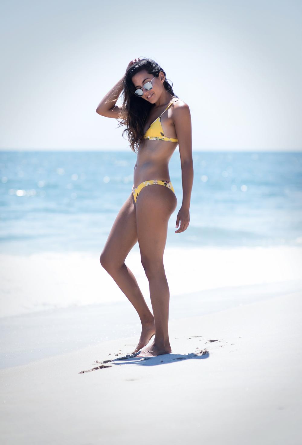 fashion-blogger-summer-swimwear-triangl-delilah-fiore-giallo-bikini-raquel-paiva