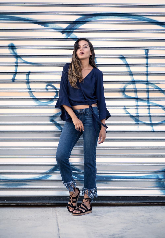 raquel-paiva-fashion-blogger-fringe-jeans-trend