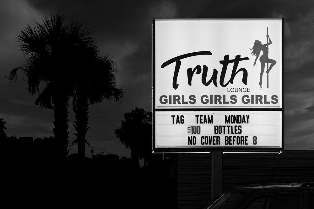 TruthDSC3937-1.jpg