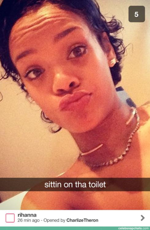 Rihanna una de las últimas en sumarse a la addicción porSnapchat