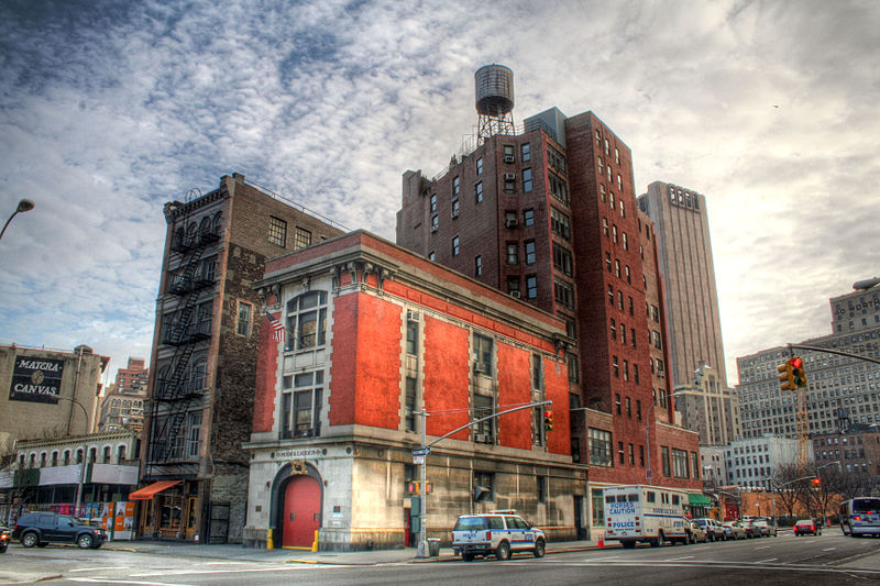 800px-Ghostbusters_Firehouse.jpg