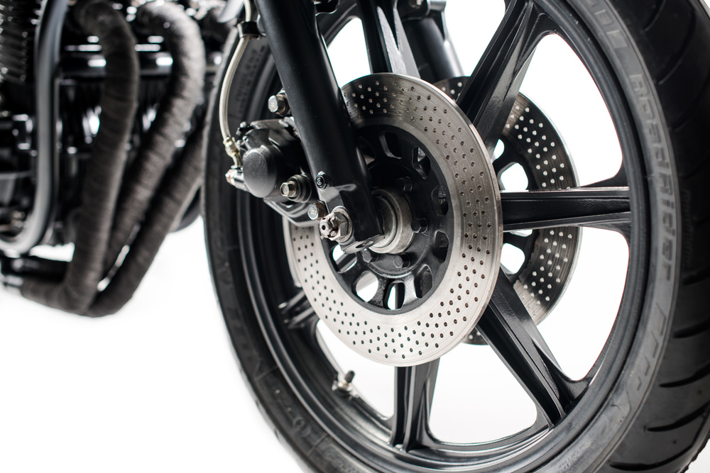 1130_Front-Wheel-Close-UP.jpg
