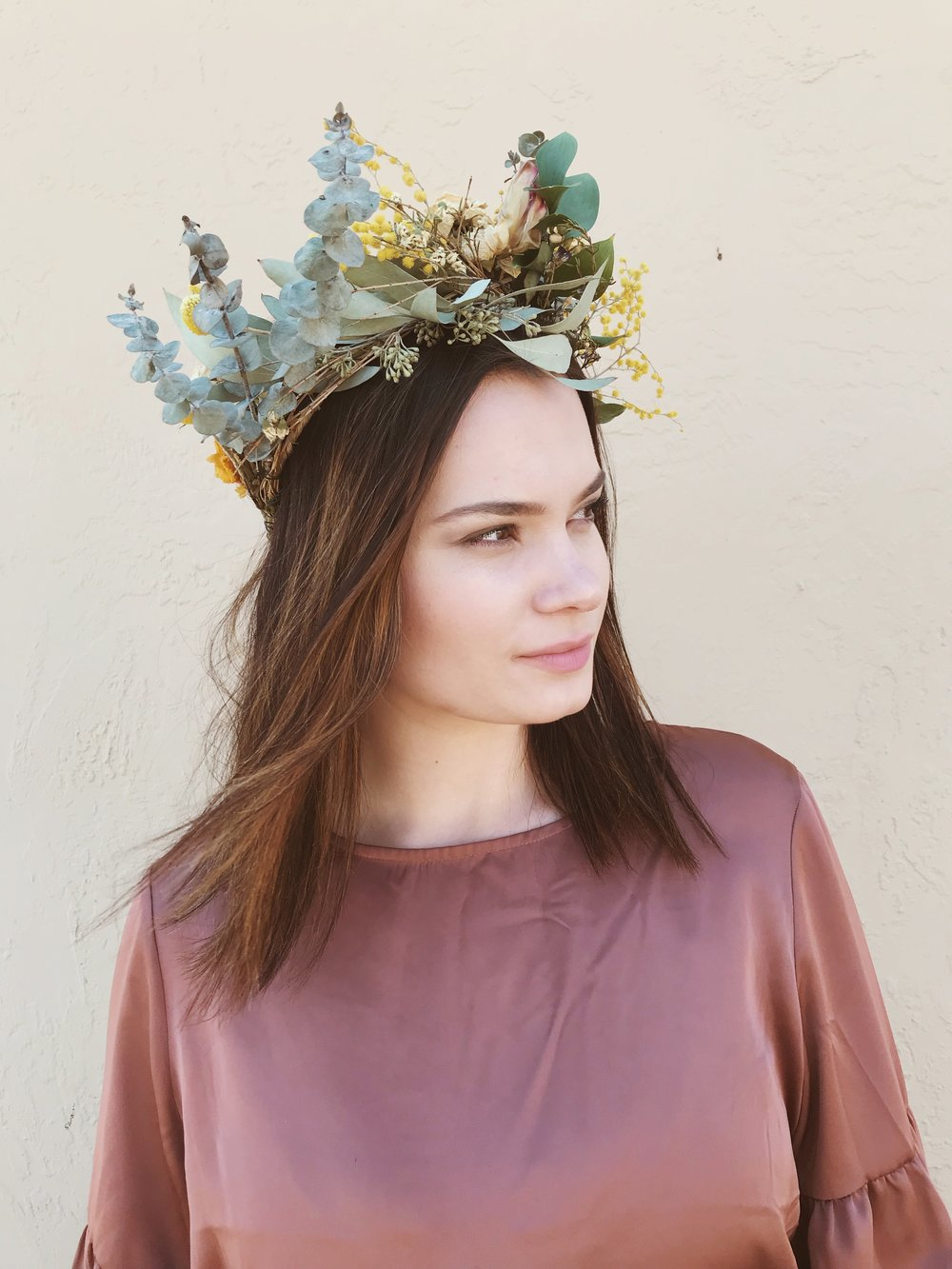 Diy how to make a dried flower crown shelf izmirmasajfo