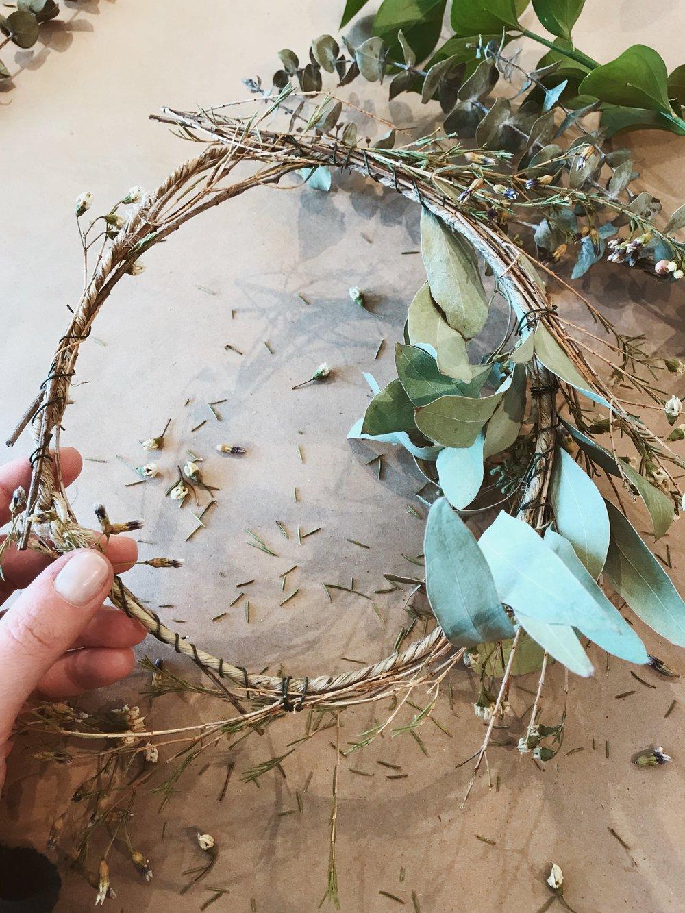 Nail Varnish Flower Crown Papillon Day Spa