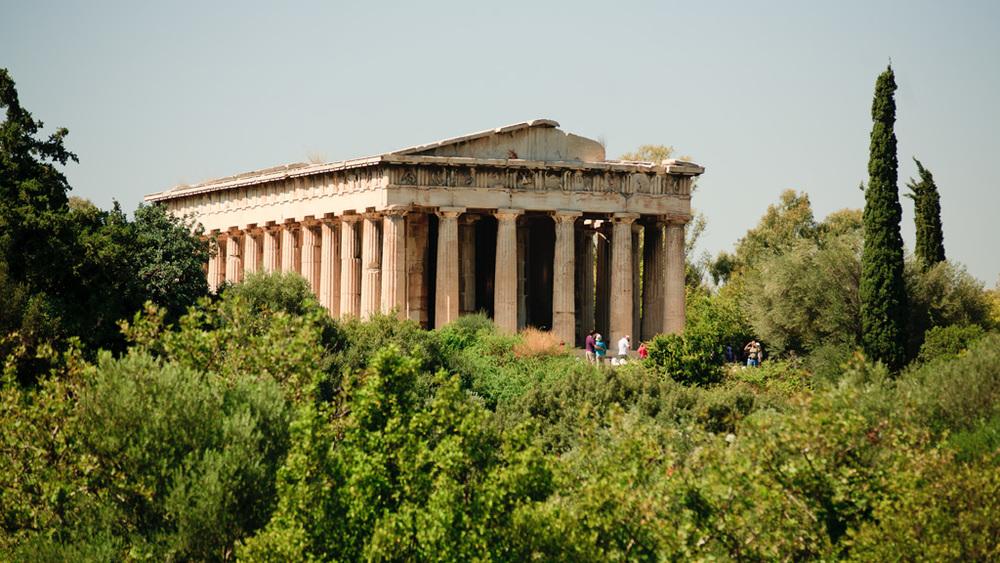 L'Àgora, punt de trobada de comerciants i ciutadans en l'antiga Grècia