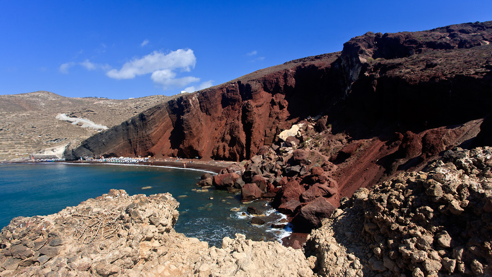 Platja vermella a la zona d'Akrotiri. Bonica platja,coneguda pel color peculiar de la sorra