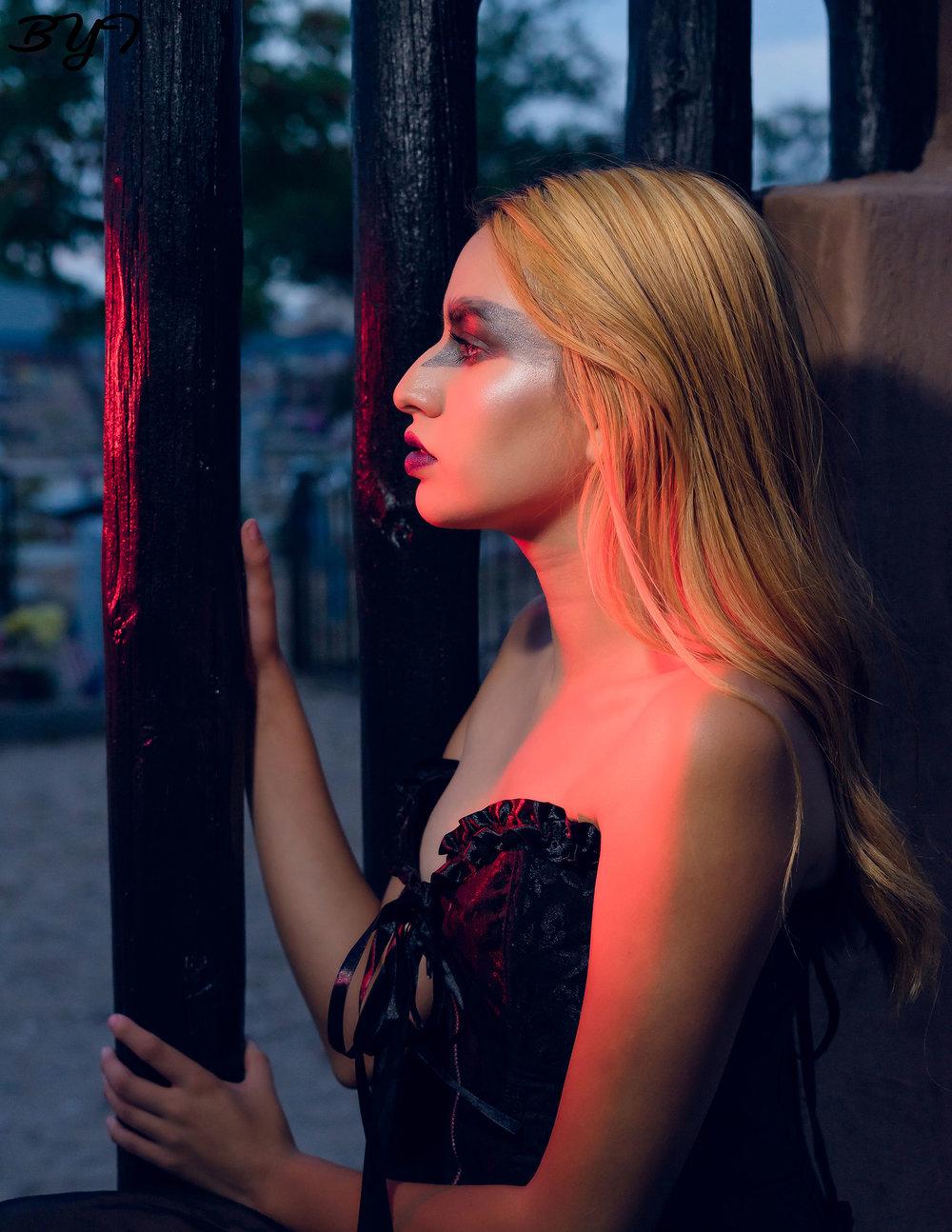Model: Jan Terrazas