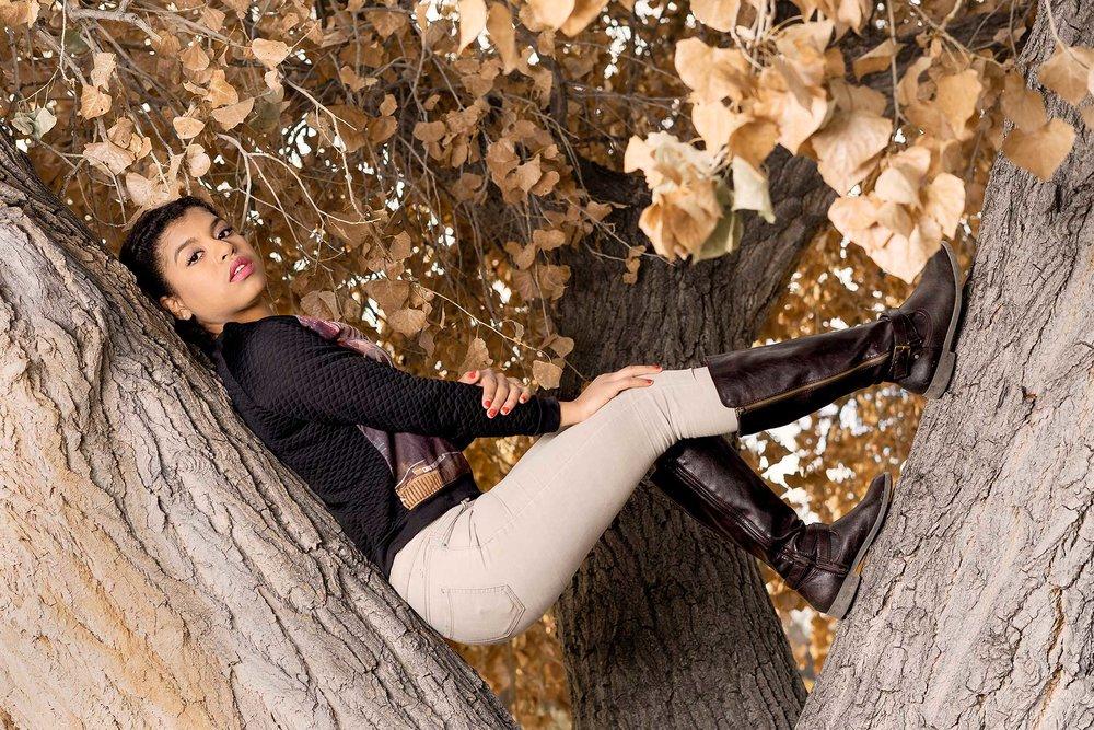 07-BYI_Brenda_Fashion.jpg
