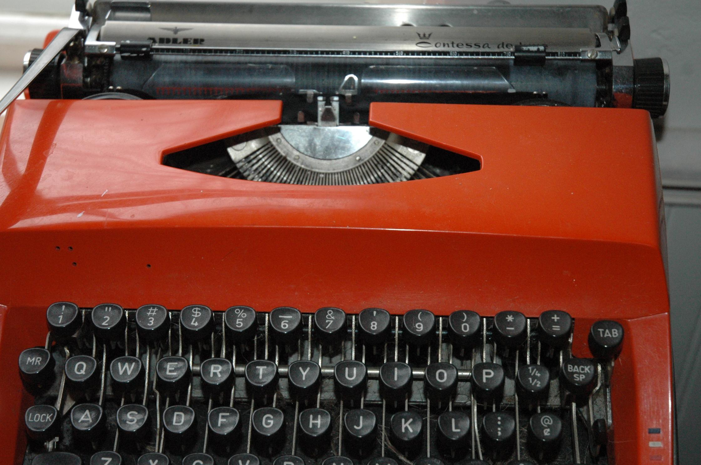 Orange Typewrite