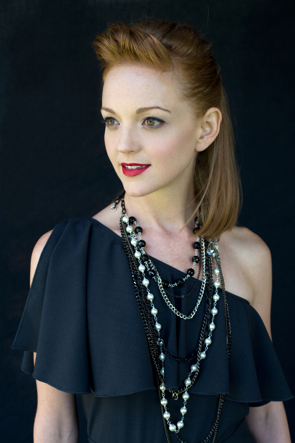 Jayma Mays - Riker Brothers (Photographer), Kelly Capoccia (Hair)